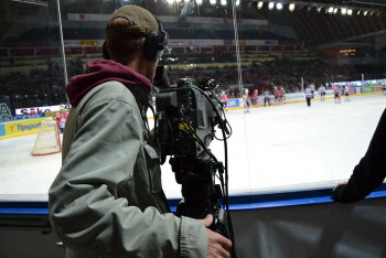 Ostrý obraz a čistý zvuk v úterý 26. října 2021 na ČT SPORT živě lední hokej z Hradce Králové